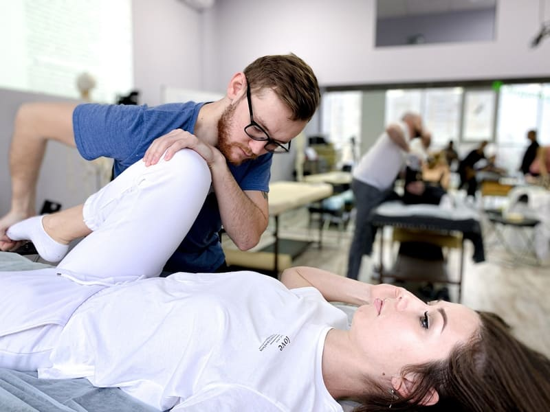 obuchenie-manualnoj-terapii-krasnodar-9